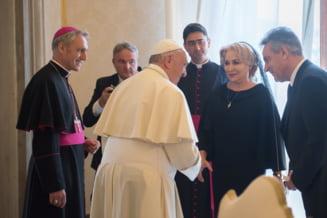 Dancila s-a laudat ca papa Francisc i-a promis ca vine in Romania. Vaticanul are alta versiune