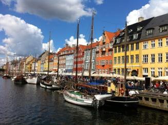 Danemarca va pregati un pasaport digital pentru persoanele vaccinate. Masura este analizata si de catre Comisia Europeana