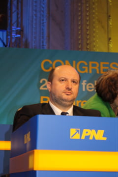Daniel Chitoiu isi da demisia din PNL: Partidul nu mai exista, este stapanit de haos