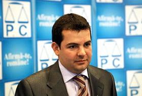 Daniel Constantin ii raspunde lui Antonescu: Promoveaza o politica a jignirilor si a scandalului
