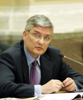 Daniel Daianu: Care este pretul conflictului politic - Interviu