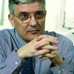 Daniel Daianu, pagubit de fostul director al Bursei din Sibiu