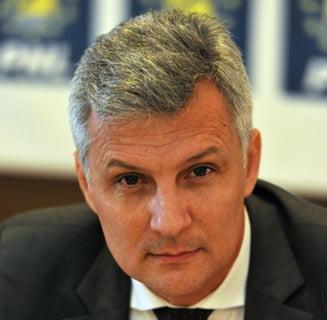Daniel Zamfir (ALDE) cere BNR sa stopeze calcularea ROBOR si il cheama pe Isarescu in Parlament UPDATE Ce-i raspunde BNR
