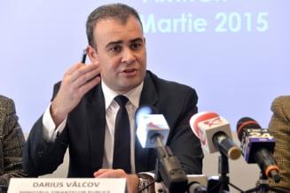 Darius Valcov, ministrul demisionar de la Finante, audiat la DNA - Update