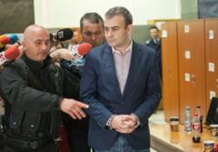 Darius Valcov scapa de arest