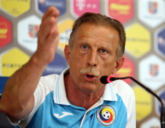 Daum, reactie nervoasa la sosirea in Romania: Eu sunt antrenorul echipei nationale! Stiti pe altcineva?