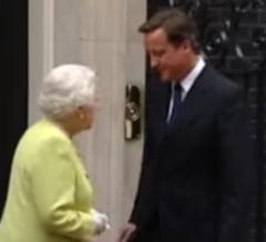 David Cameron dezvaluie ca i-a cerut ajutorul reginei la referendumul pentru independenta Scotiei (Video)