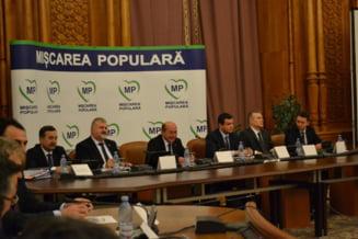 De-ale lui Basescu: Iohannis e o gasca, Guvernul Ciolos joaca la pacanele. Busoi e pariul lui Hellvig