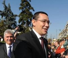 """De ce """"ofiterul acoperit"""" nu-l ajuta pe Victor Ponta (Opinii)"""