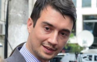 De ce a fost condamnat nepotul lui Basescu la 3 ani de inchisoare, dupa ce a cerut spaga 1 milion de euro. Magistratii au majorat pedeapsa