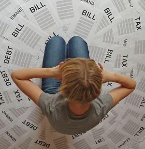 De ce ajung femeile in pragul falimentului