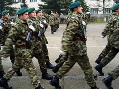De ce aleg tinerii Armata?