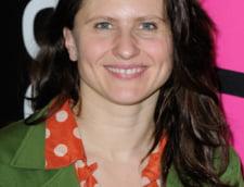 De ce ar fi demisionat ministrul din Franta caruia i-a luat locul Roxana Maracineanu