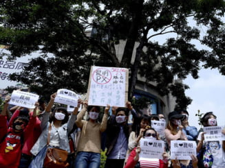 De ce au fost interzise tricourile albe intr-un oras din China
