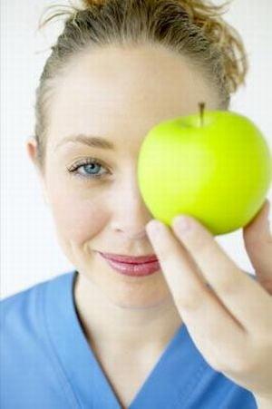 De ce este bine sa mananci fructe inainte de masa