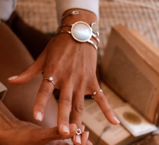De ce este bine sa porti bijuterii din argint