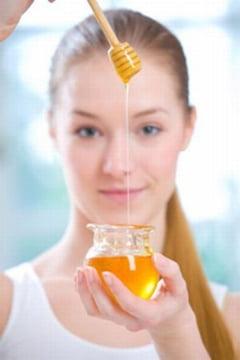 De ce este buna mierea pentru ten