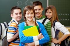 De ce este esentiala participarea la cursuri online pentru copii si adolescenti?