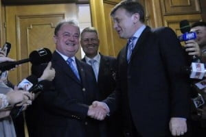 De ce fuzioneaza PNL cu PDL. Depasirea lui Traian Basescu (Opinii)