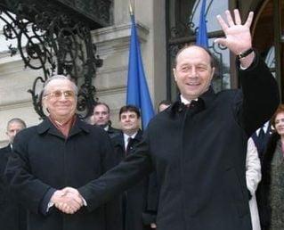 De ce-i mai destept Basescu decat Iliescu (Opinii)