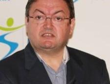 De ce nu au venit sustinatorii PNL la vot, cum s-a descurcat Basescu si de ce nu a intrat PRU in Parlament Interviu