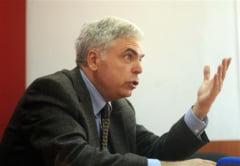 De ce nu demisioneaza Adrian Severin din Parlamentul European