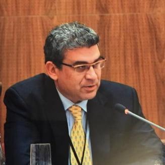 De ce nu se putea frauda votul din 2009 de la Paris: Fostul ambasador Baconschi il contrazice pe Hrebenciuc