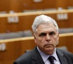 De ce sa demisioneze Adrian Severin, Catalin Voicu a facut-o? (Opinii)