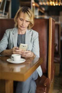 De ce se indragostesc femeile inteligente si de succes de barbati toxici