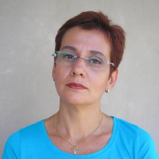 De ce trebuie sa plece Ecaterina Andronescu