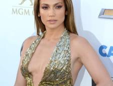 De ce uraste Jennifer Lopez sa doarma singura