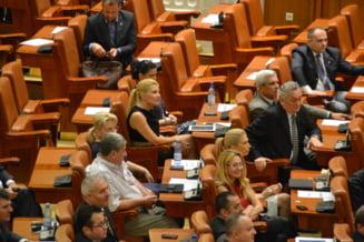 De ce vom avea mai multi parlamentari dupa alegerile din decembrie