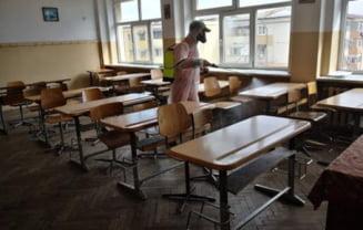 De maine incepe dezinfectia scolilor