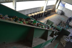 De maine nu se mai ridica gunoiul. Primaria Feleacu ii da cu flit Consiliului Judetean: REFUZA sa-si dea acordul pentru rampa temporara de depozitare, in ciuda redeventei