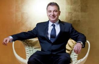 Decadere teribila: Cati bani mai are cel mai bogat roman din 2012