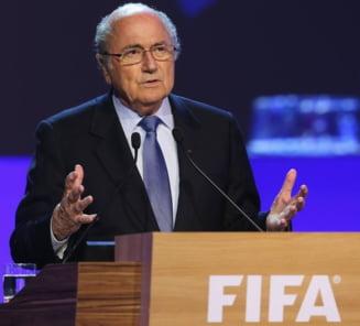 Decizie radicala la FIFA: Blatter si Platini au fost suspendati!