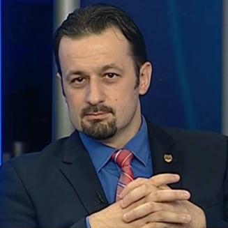 """Declaratiile lui Rus agita apele in PNL: """"La Cluj se nasc periodic tampitei"""" vs. """"Oameni scarbosi, cu creierul neoxigenat"""""""