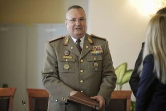 Decretul prin care Iohannis a prelungit mandatul sefului Armatei a fost publicat in Monitorul Oficial