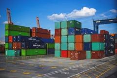 Deficit comercial urias inregistrat de Romania in primele cinci luni ale anului. Schimburile comerciale cu UE, 75% din totalul exporturilor