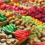 Deficitul Romaniei in comertul cu produse agroalimentare, in scadere cu aproape 9% in T1