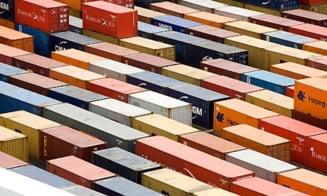 Deficitul comercial al Marii Britanii, la niveluri record