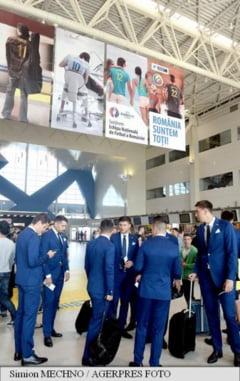 Delegatia echipei nationale de fotbal a Romaniei a plecat in Franta