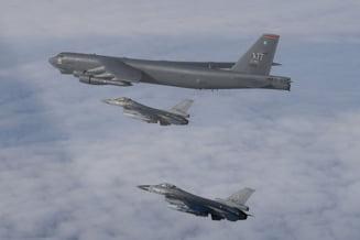 Demonstratie de forta a Statelor Unite. Bombardiere B-1 in spatiul aerian al Marii Siberiene de Est
