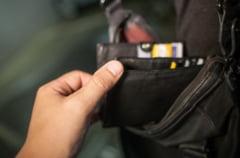 Depistat imediat dupa ce a sustras portofelul unei femei de 60 de ani