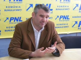 Deputat PNL catre Oprescu: Sangele baiatului ucis de caini e pe mainile dumneavoastra