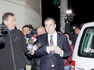 Deputat PSD: Darius Valcov mi-a spus sa distrug pungile in care se aflau banii