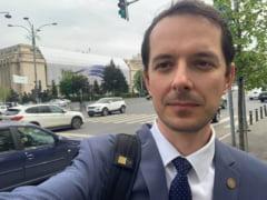 """Deputat USR, despre numirea lui Nicolae Ciucă: """"Pixul lui Dragnea miroase la fel, indiferent cine altcineva îl ține în mână"""""""