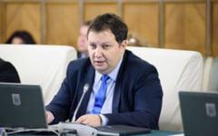 Deputatii PNL Toma Petcu si Andrei Alexandru s-au infectat cu COVID. Cei doi au participat la o nunta, insa spun ca nu de acolo ar fi luat virusul