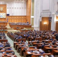 Deputatii USR au votat din greseala pensiile speciale pentru Consiliul Concurentei, dar vor remedia la Senat