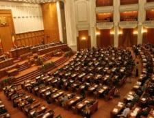 Deputatii au fentat din nou Legea lustratiei